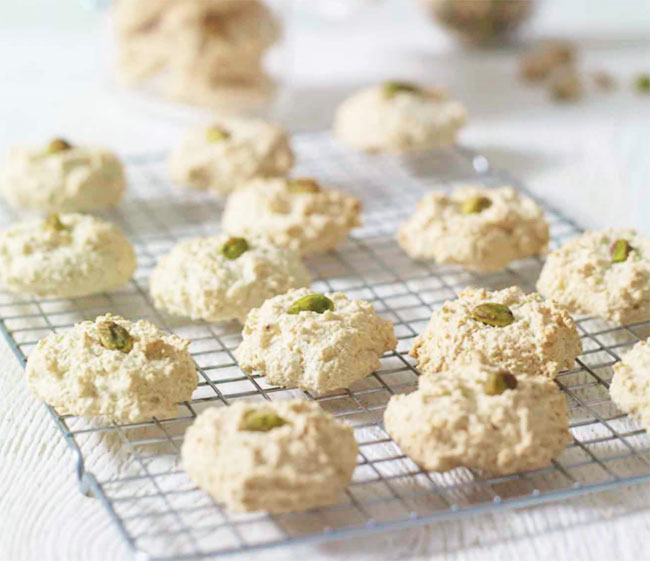 Almond And Pistachio Macaroons - Keto Friendly